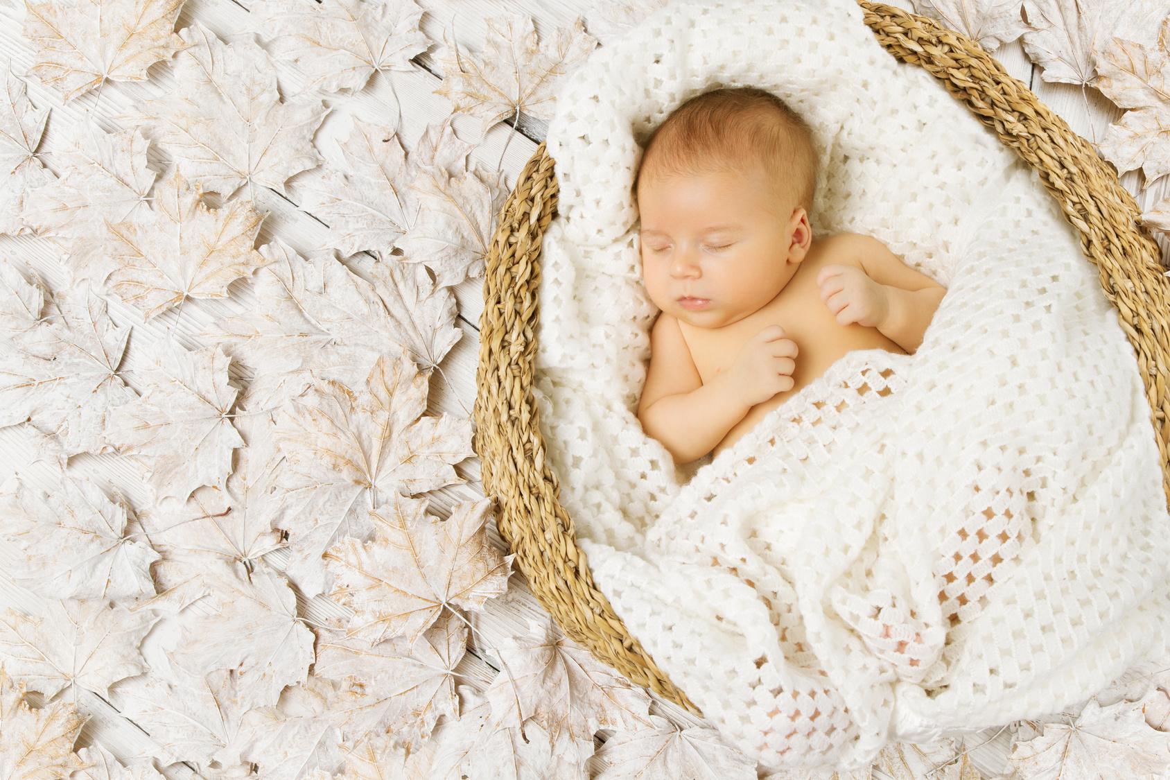 Single Embryo Transfer   baby sleeping